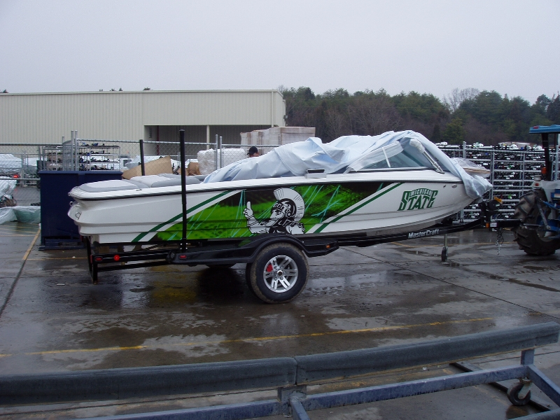 Boat wraps graphic systems installers for Fishing boat wraps