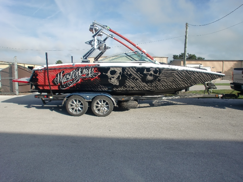 Boat Wraps Graphic Systems Installers - Boat decal graphics